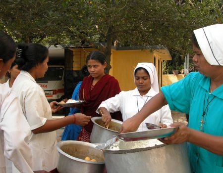 la distribuzione dei pasti
